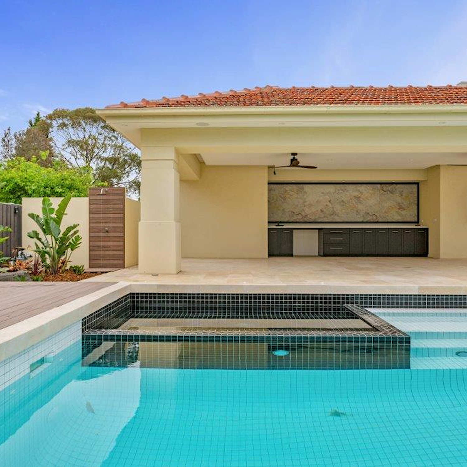 Exotic Pools - Formal Pool and Spa Builder Melbourne